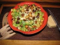 Caesar Salad with Chicken and Rice – 290 calories