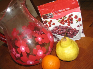 Fall Flavored Tangerine, Pear, and Cranberry Water